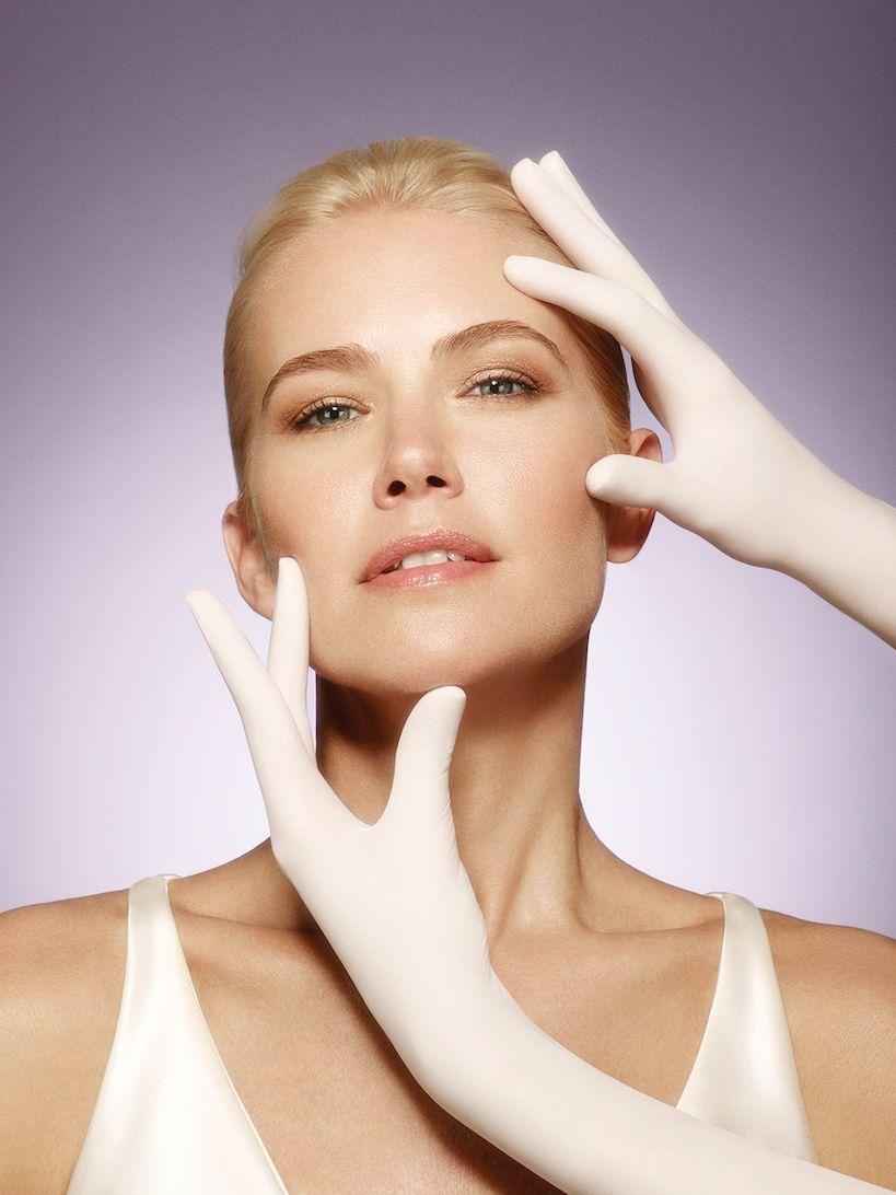 Yüz Germe Ameliyatı Ne Zaman ve Kaç Yaşında Yapılmalı